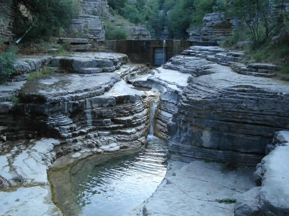 Ovires natural pools in Zagori