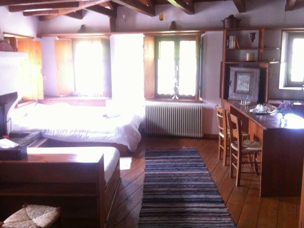 L'hospitalité traditionnelle et l'architecture dans l'Hôtel - Pension de famille Saxonis Maisons à Megalo Papigo, Zagori