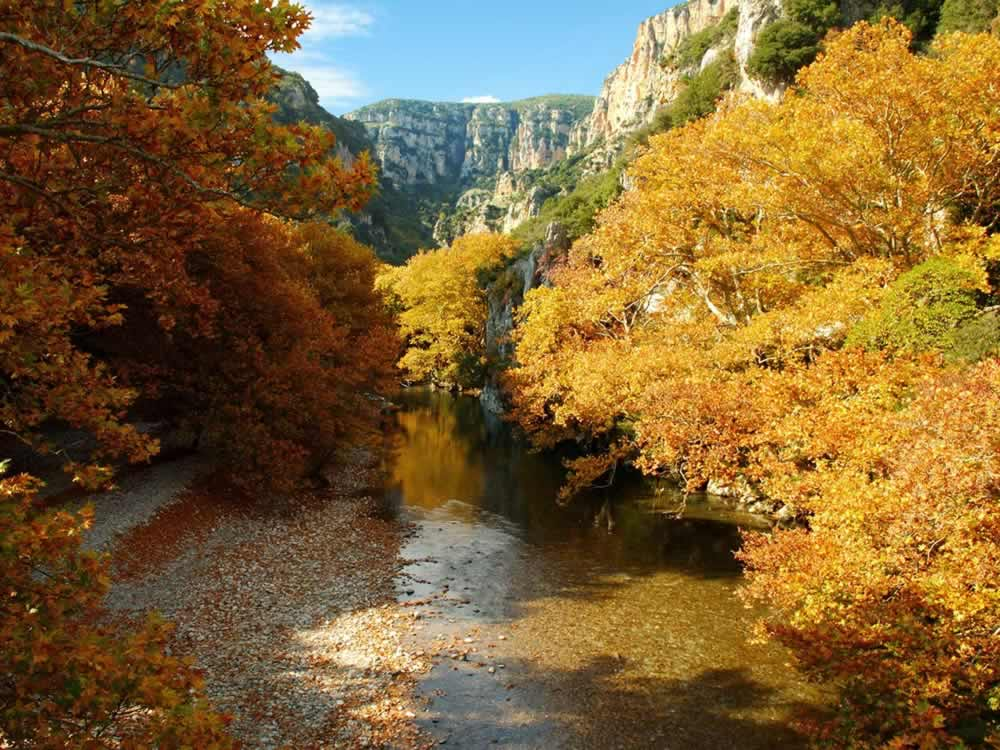 Voidomatis river during fall decorated with... natural colours!